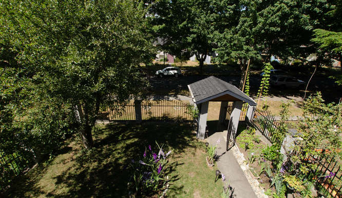 2640 Cambridge St Vancouver BC-small-008-DSC 3310-666x442-72dpi