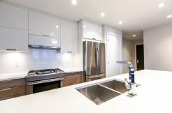 1004-2077-rosser-ave-burnaby-print-001-2-kitchen-3861x2574-300dpi