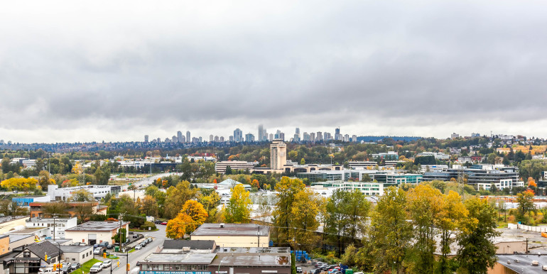 1004-2077-rosser-ave-burnaby-print-013-15-view-3861x2574-300dpi