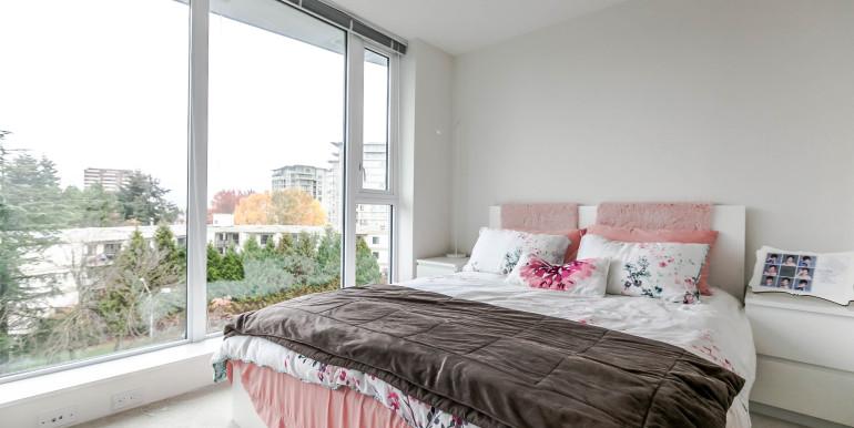 708-8288-granville-ave-print-019-8-bedroom-3861x2574-300dpi