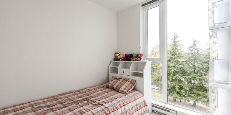 708-8288-granville-ave-print-021-3-bedroom-3861x2574-300dpi