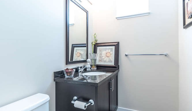 65 14356 63A Ave Surrey BC-small-003-7-Bathroom-666x444-72dpi