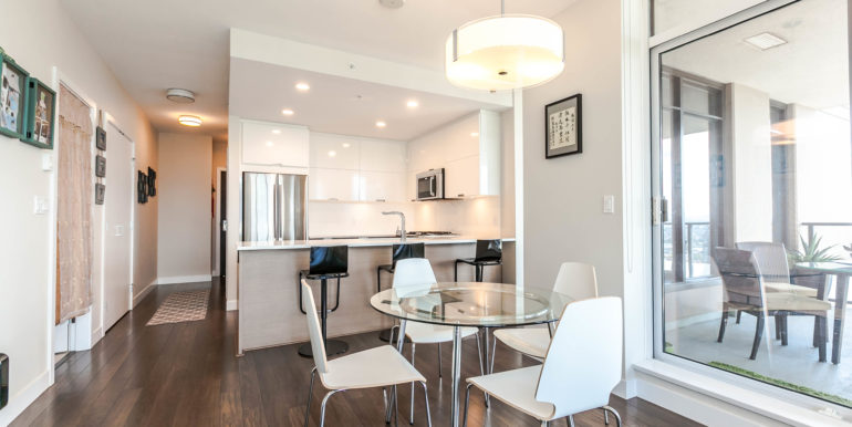 2905 2077 Rosser Ave Burnaby-print-004-9-Dining Room-3861x2574-300dpi