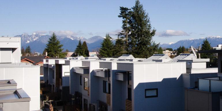 6086 Oak St Vancouver BC V6M-print-024-21-DSC 7411-4200x2782-300dpi