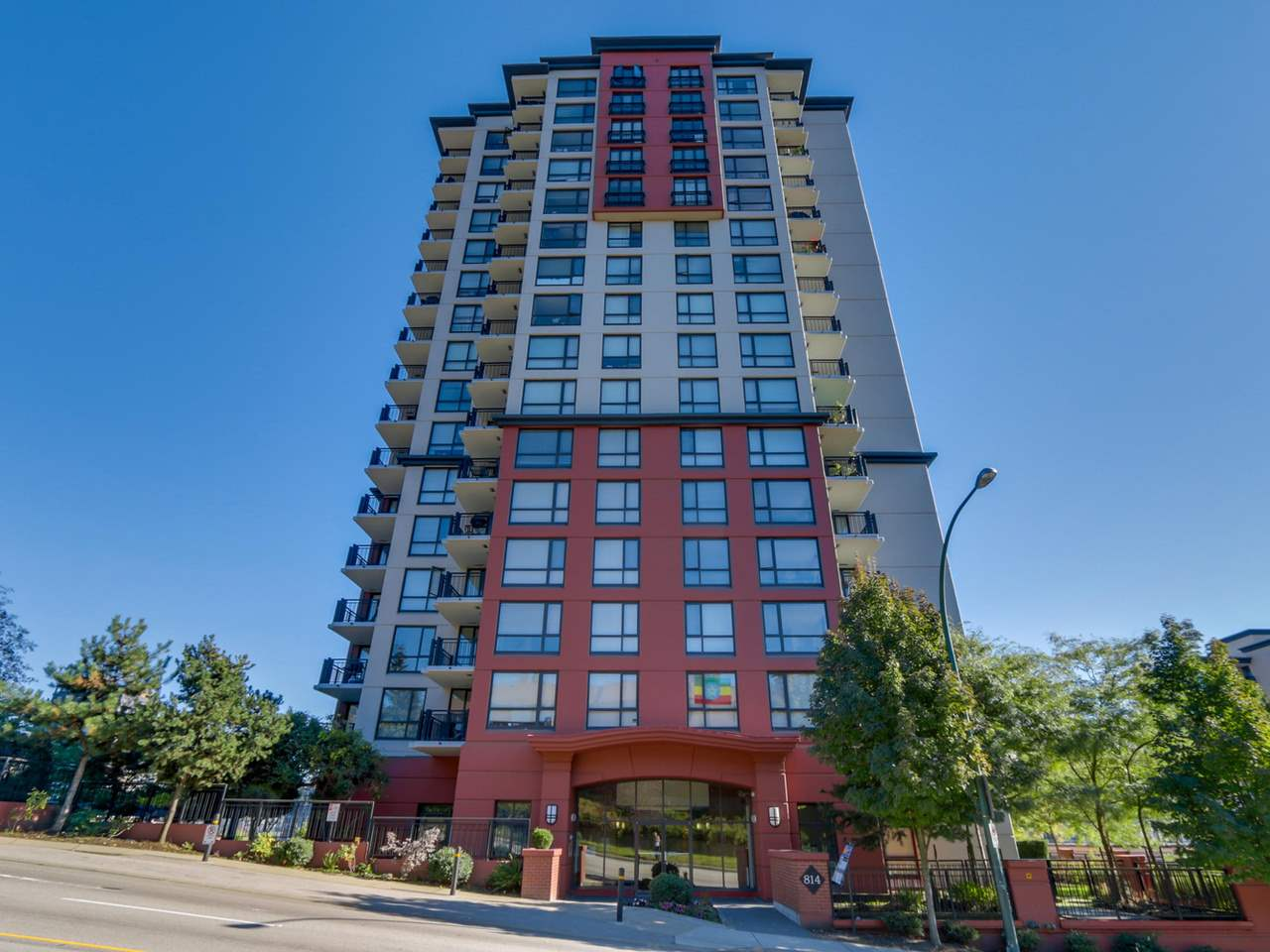 1305-814 Royal Ave, New Westminster