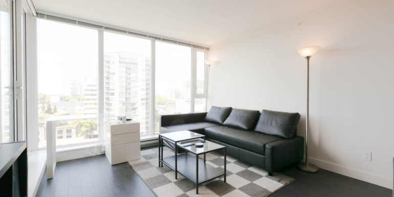 1006 8288 Granville Ave-print-008-9-Living Room-3861x2574-300dpi