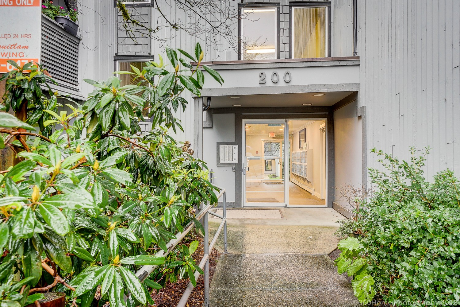 105-200 Westhill Pl, Port Moody