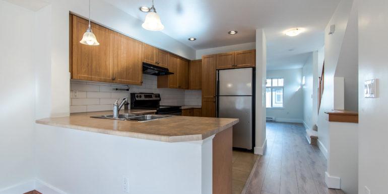 90 16233 83 Ave Surrey BC V4N-004-2-Kitchen-MLS_Size