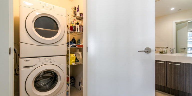 545 Foster Ave Unit 312-011-6-Laundry-MLS_Size