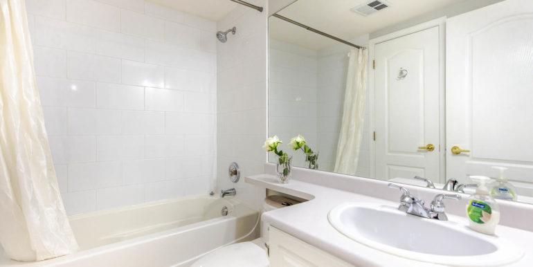 104 3733 Norfolk Street-large-001-001-Bathroom-1500x1000-72dpi