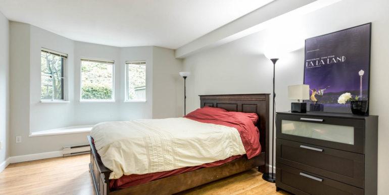 104 3733 Norfolk Street-large-007-005-Bedroom-1500x1000-72dpi