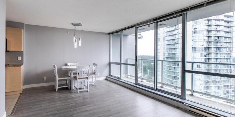 13618 100 Ave Surrey BC V3T-002-021-Living Room-MLS_Size
