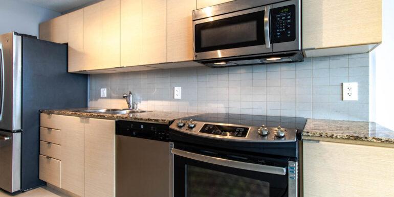 13618 100 Ave Surrey BC V3T-006-012-Kitchen-MLS_Size