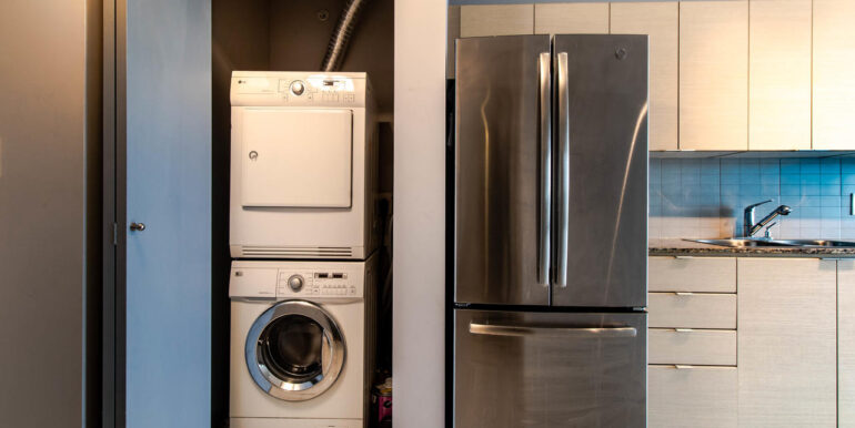 13618 100 Ave Surrey BC V3T-008-020-Laundry-MLS_Size
