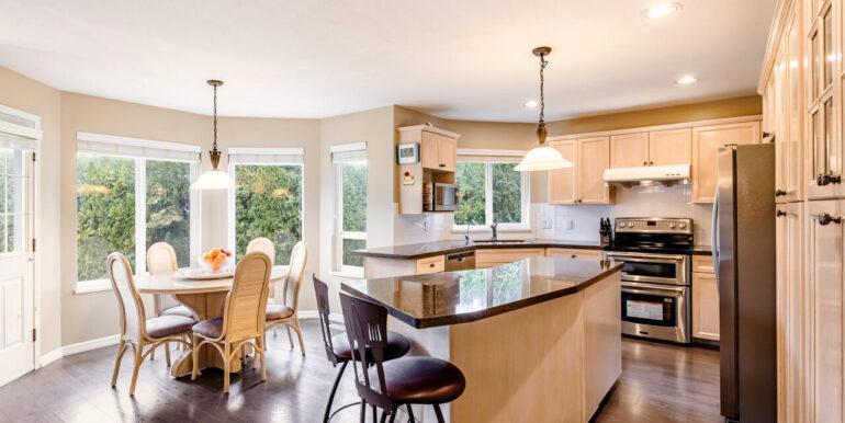15737 109a Ave Surrey BC V4N-013-021-Kitchen-MLS_Size