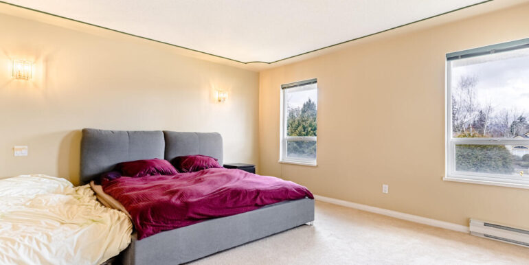 15737 109a Ave Surrey BC V4N-017-018-Bedroom-MLS_Size