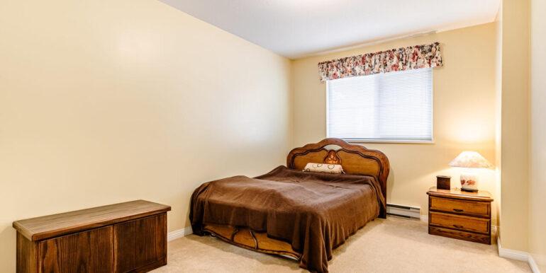 15737 109a Ave Surrey BC V4N-024-019-Bedroom-MLS_Size